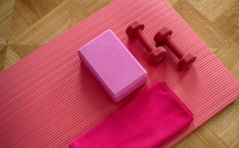 Home Gym Mat & Dumbbells